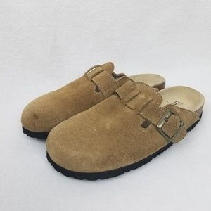 White mountain slip on bari taupe clogs 6